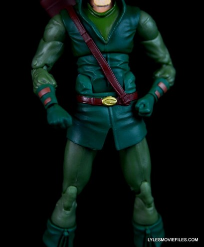 dc-icons-green-arrow-longbow-hunters-figure-review-belt-detail