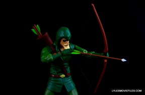dc-icons-green-arrow-longbow-hunters-figure-review-drawing-arrow-back