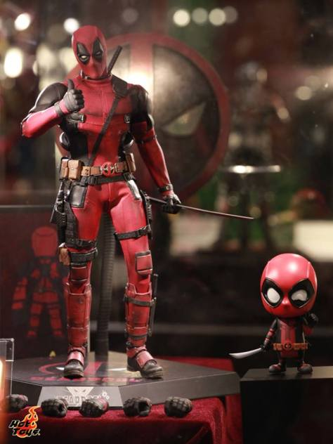 Deadpool figure Hot Toys