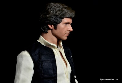 Hot Toys Han Solo and Chewbacca review -Han right side profile