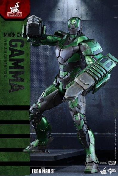 iron-man-gamma-armor-hot-toys-figure-battle