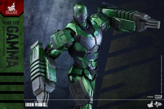 iron-man-gamma-armor-hot-toys-figure-pivoting