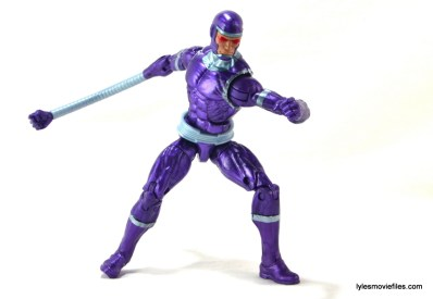 Machine Man Marvel Legends figure review - right arm attachment