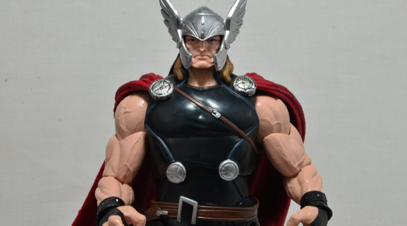 Marvel Legends Thor figure review -main pic