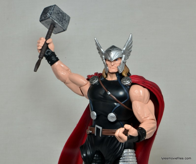 Marvel Legends Thor figure review -raising Mjlonir up