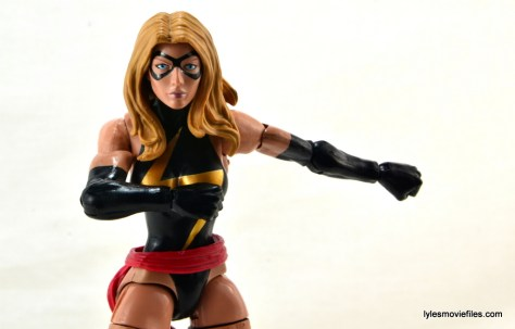 Marvel Legends three-pack Ms. Marvel, Captain America and Radioactive Man -Ms. Marvel ready to fly