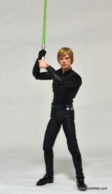 SH Figuarts Luke Skywalker figure review - full Luke lightsaber up