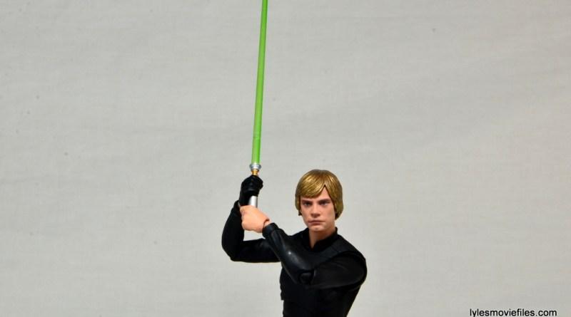 SH Figuarts Luke Skywalker figure review - lightsaber up