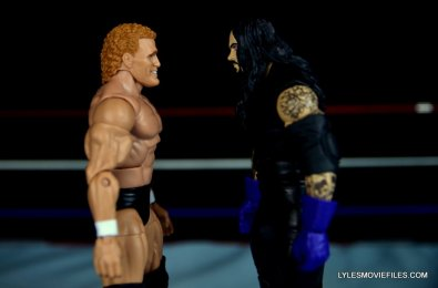 sycho-sid-wwe-elite-39-figure-review-face-off-with-undertaker