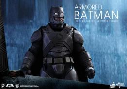 Hot Toys Batman v Superman Armored Batman -profile shot