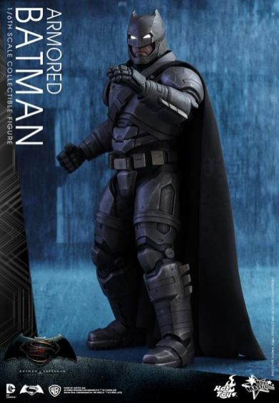 Hot Toys Batman v Superman Armored Batman - ready