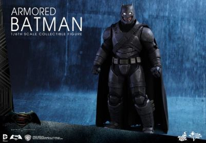 Hot Toys Batman v Superman Armored Batman - wide shot