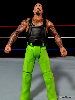 WWE Elite The Godfather review -loose chest