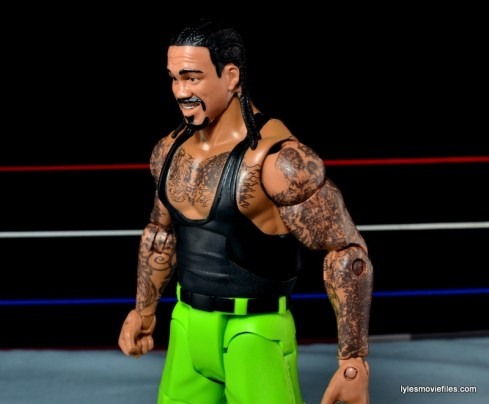 WWE Elite The Godfather review -tipping torso
