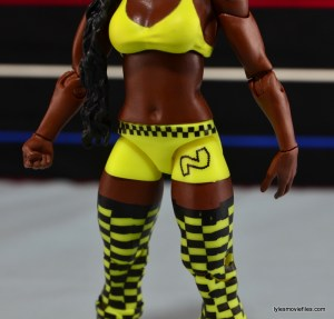 WWE Mattel Basic Naomi figure review -outfit design