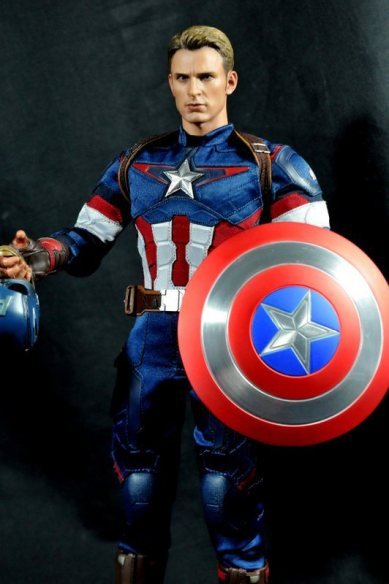 hot-toys-captain-america-age-of-ultron-figure-front-unmasked-holding-accessories