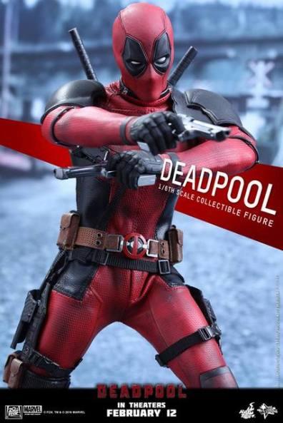 Hot Toys Deadpool figure -pistols