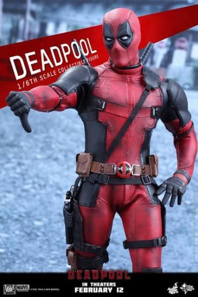 Hot Toys Deadpool figure -thumbs down