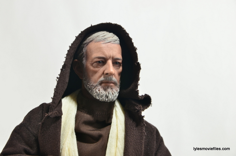 Hot Toys Obi-Wan Kenobi figure review -hood on