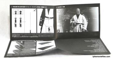 Hot Toys Obi-Wan Kenobi figure review - instructions 1