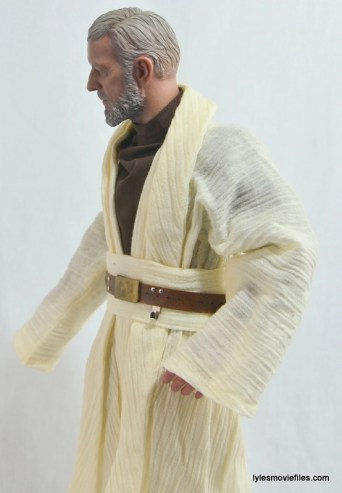 Hot Toys Obi-Wan Kenobi figure review -left side tunic