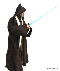 Hot Toys Obi-Wan Kenobi figure review - ready to duel