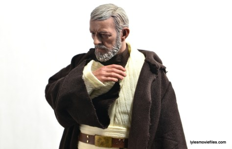 Hot Toys Obi-Wan Kenobi figure review -thinking pose