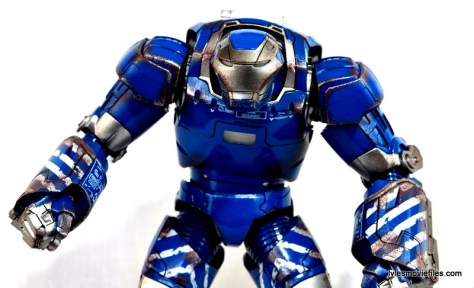 Iron Man 3 Igor Comicave Studios figure review - profile pic
