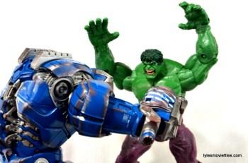 Iron Man 3 Igor Comicave Studios figure review - vs Hulk