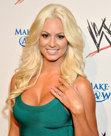 maryse-ouellet-low-cut-green-dress-
