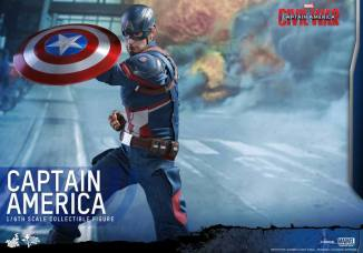 Hot Toys Captain America Civil War Captain America figure -getting shield up