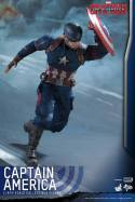 Hot Toys Captain America Civil War Captain America figure -running to action