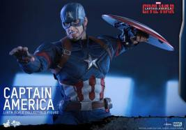 Hot Toys Captain America Civil War Captain America figure -teeth gritted