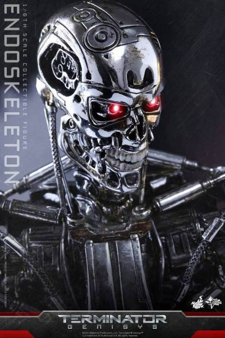 Hot Toys Terminator Genisys endoskeleton -head closeup
