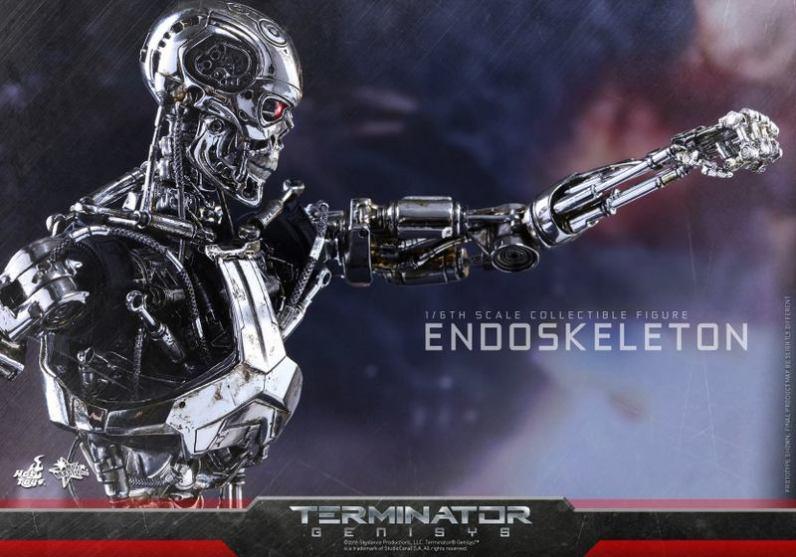 Hot Toys Terminator Genisys endoskeleton -punching