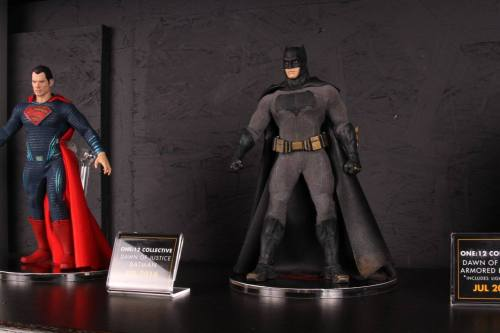 Mezco Toys pre-Toy Fair - Batman v Superman - Superman and Batman