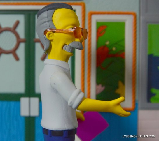 The Simpsons NECA Stan Lee figure -raising right arm