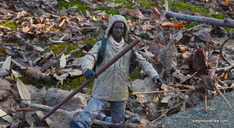 The Walking Dead Morgan Jones McFarlane Toys figure review -kneeling