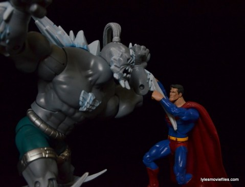 DC Signature Series Doomsday figure review - Doomsday fighting Superman