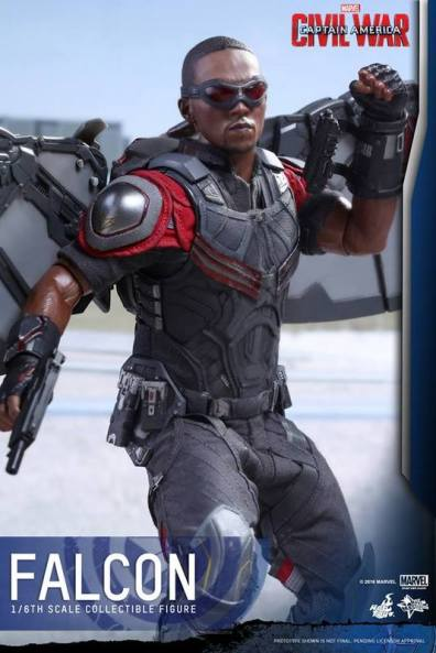Hot Toys Captain America Civil War Falcon figure -ready to fly