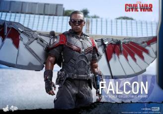 Hot Toys Captain America Civil War Falcon figure -standing