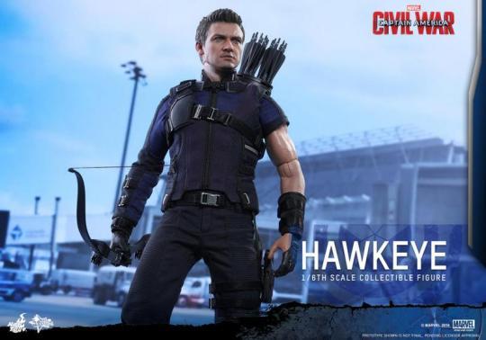 Hot Toys Captain America Civil War Hawkeye figure -main