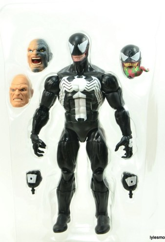 Marvel Legends Venom figure review - package tray
