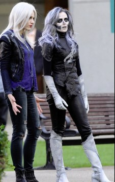 Supergirl - Livewire and Silver Banshee