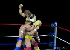 Wrestlemania 1 - Orton clocks Orndorff