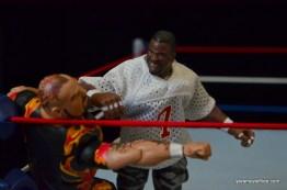 Wrestlemania 11 - Lawrence Taylor forearms Bam Bam Bigelow