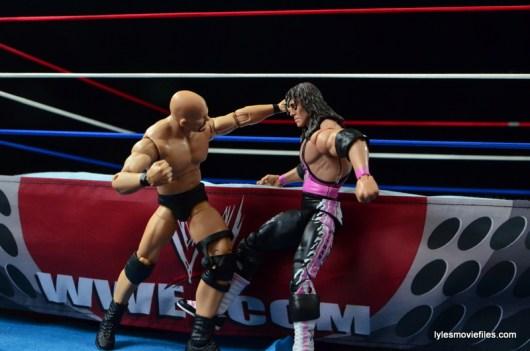 Wrestlemania 13 - Bret Hart vs Stone Cold - slugfest outside