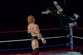 Wrestlemania 13 - Sycho Sid vs The Undertaker -flying clothesline