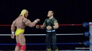 Wrestlemania 7 - Hogan hulks up on Slaughter