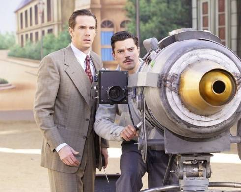 agent carter review - hollywood ending - jarvis and howard stark_2